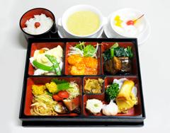 お弁当3000円
